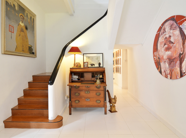 Customers' Homes - Antique Furnishings Complemented by Modern Art - The Past Perfect Collection -Singapore